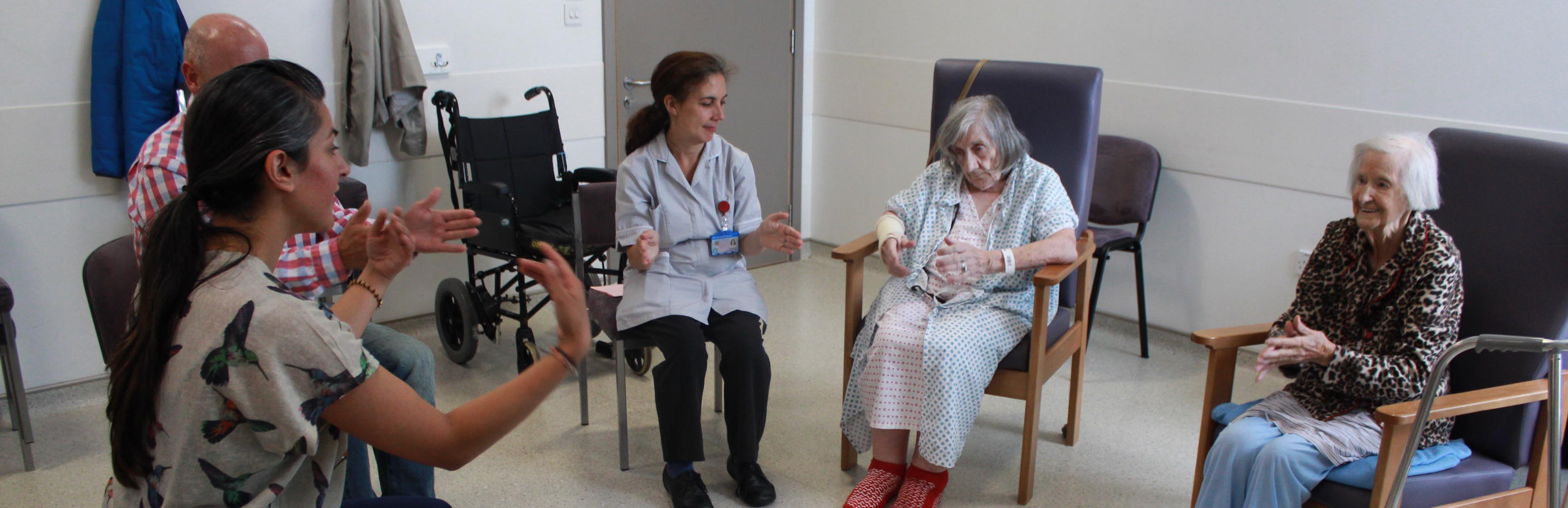Working closely with Occupational Therapists, Akademi brings a series of Dance Well workshops to our older adult department at The Royal London Hospital.